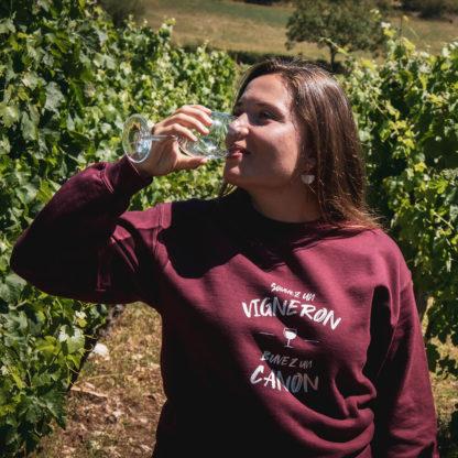 boire-un-canon-cest-sauver-un-vigneron-sweat-femme
